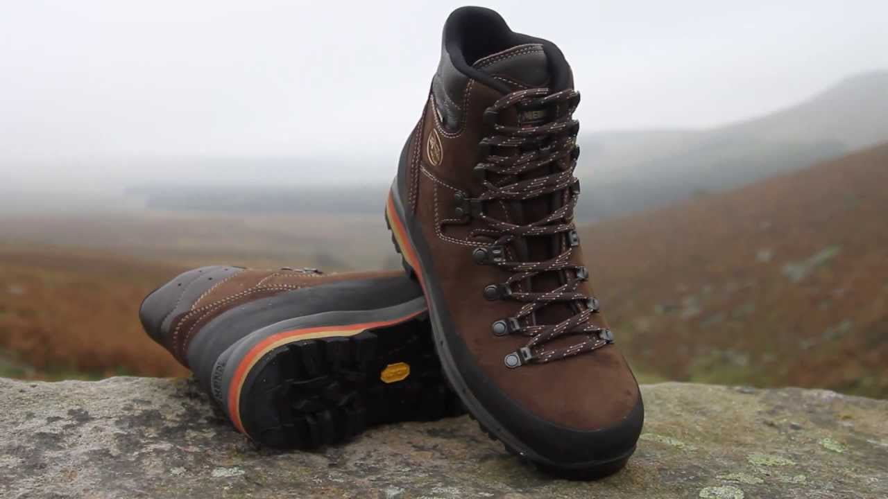 A Guide To Men's Walking Boots In The UK