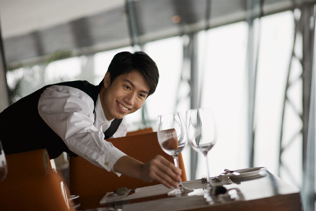 Using Hotel Uniforms To Portray Professionalism On The Job